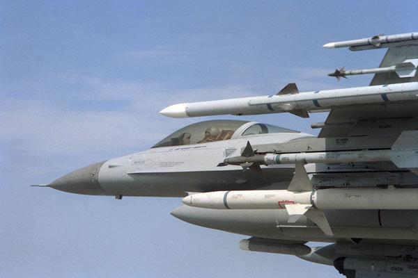 بلغارستان از آمریکا اف-16 می خرد