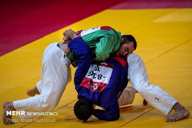شکست علی اکبری و تزتک برابر ازبک ها، دو مدال نقره برای ایران