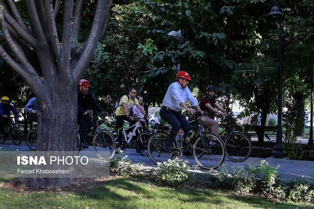 تا انتها سال جهت دوچرخه سواری در مشهد را به 200 کیلومتر می رسانیم