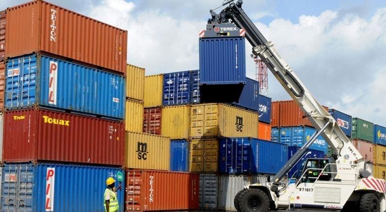 کاهش قیمت کالاها در گمرکات کشور، افزایش 75 درصدی ارزش صادرات به اوراسیا