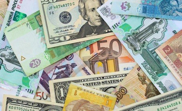 نرخ رسمی انواع ارز، قیمت یورو و پوند ثابت ماند